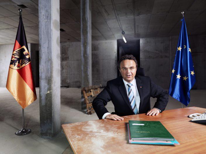 Hans-Peter Friedrich, Bundesinnenminister