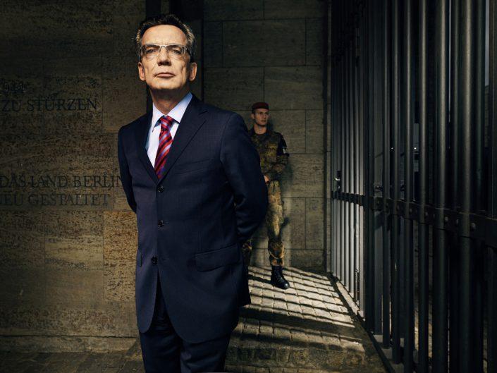 Thomas de Maiziére, Verteidigungsminister